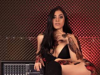 free LiveJasmin LucyRoberts porn cams live
